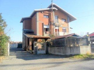 Foto 1 di Appartamento Via Giuseppe Sacheri31, Pianfei