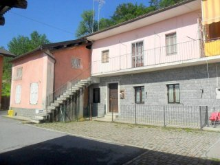 Foto 1 di Quadrilocale Via Santa Maria Rocca5, Pianfei