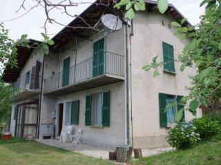 Foto 1 di Casa indipendente via frazione Stelle, Lisio