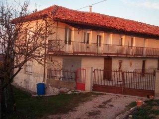 Foto 1 di Appartamento via san michele, Lequio Berria