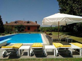 Foto 1 di Villa Via Aldo Leone, Castello Di Annone