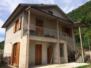 Foto 1 di Casa indipendente via Casali Rolfi, Roccaforte Mondovì