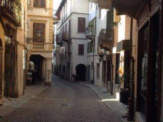 Foto 1 di Palazzo / Stabile Dogliani