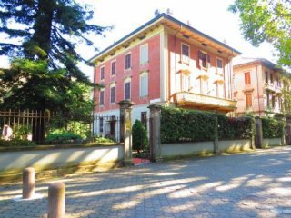 Foto 1 di Appartamento VIA PALMERIO, Piacenza