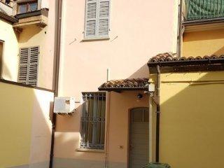 Foto 1 di Appartamento ZONA LUPA, Piacenza