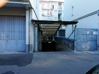 Foto 1 di Box / Garage via alione 6, Asti