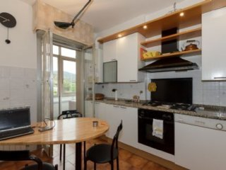 Foto 1 di Appartamento Via Negri, Savona