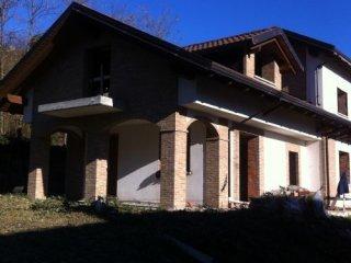 Foto 1 di Villa frazione Cornaglio, Buttigliera Alta