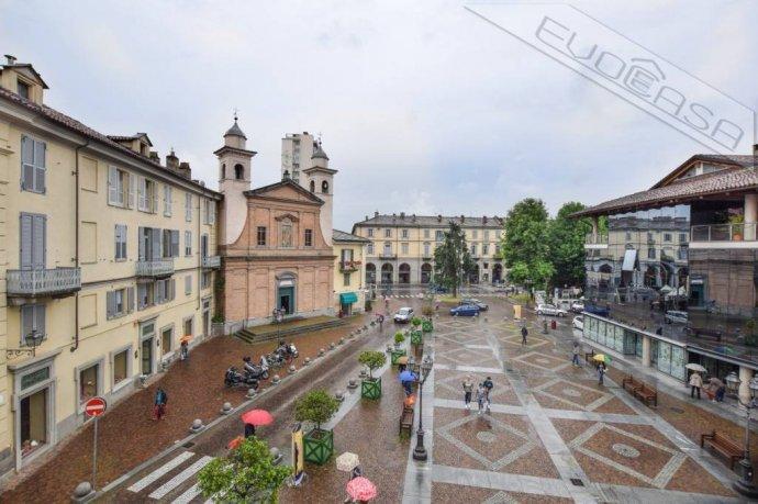 Foto 1 di Appartamento piazza Luigi Facta 9, Pinerolo