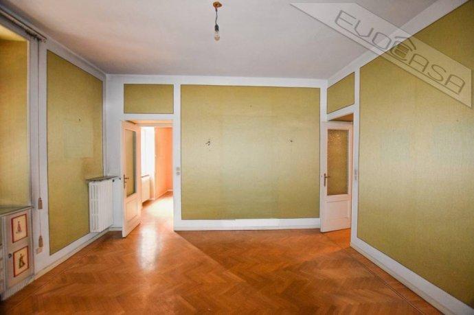 Foto 9 di Appartamento piazza Luigi Facta 9, Pinerolo