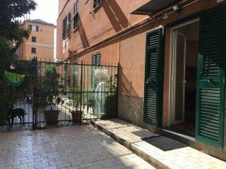 Foto 1 di Bilocale corso Dogali, Genova (zona Oregina-Granarolo, Di Negro)