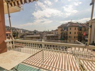 Foto 1 di Bilocale via torre menegotto, 48, Rapallo