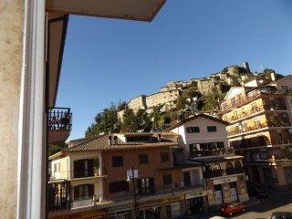 Foto 1 di Appartamento piazza corradino 6, Carsoli