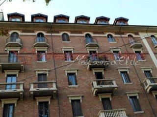 Foto 1 di Bilocale corso Duca degli abruzzi, Torino (zona Crocetta, San Secondo)