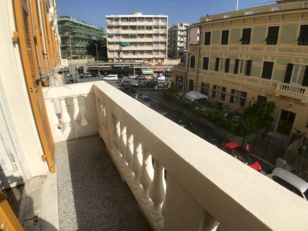 Foto 1 di Trilocale Via Arnaldo Da Brescia, Genova (zona Carignano, Castelletto, Albaro, Foce)