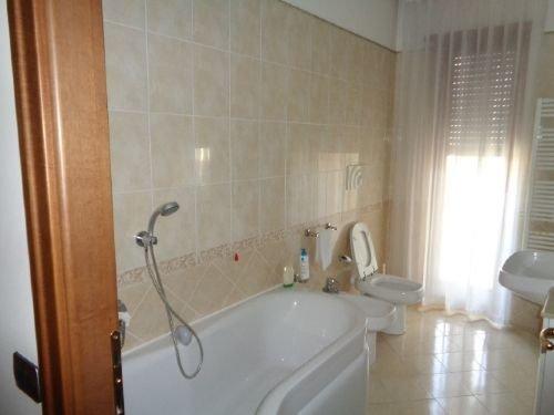 Foto 10 di Appartamento VIA XXIV MAGGIO, Piacenza
