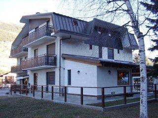 Foto 1 di Bilocale via Chateau 26, Oulx