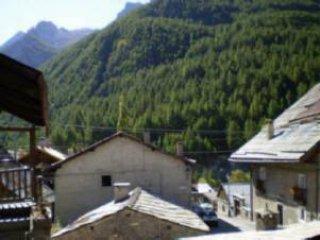 Foto 1 di Bilocale via Principale, Sauze Di Cesana