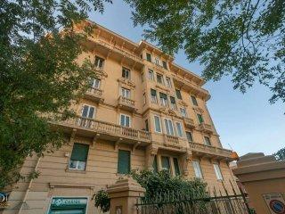 Foto 1 di Appartamento corso Firenze, 6, Genova (zona Carignano, Castelletto, Albaro, Foce)