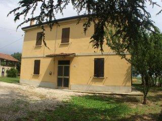 Foto 1 di Casa indipendente via Vigo, frazione Villa Fontana, Medicina