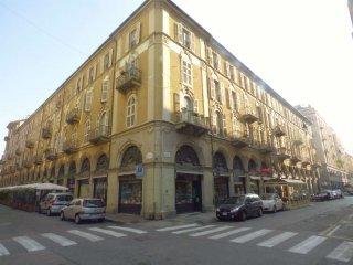 Foto 1 di Quadrilocale via San Quintino 6, Torino (zona Centro)