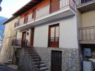 Foto 1 di Casa indipendente via Granero 2, Vinadio
