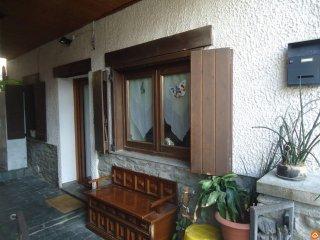Foto 1 di Appartamento Frazione Moline 11020 Gressan, Aosta