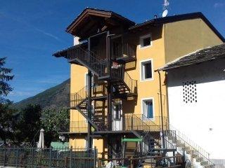 Foto 1 di Appartamento Gressan, Aosta