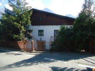 Foto 1 di Casa indipendente Località Chabloz , 30 11020 Saint-Christophe, Aosta