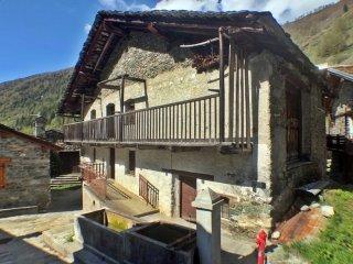 Foto 1 di Palazzo / Stabile Ollomont