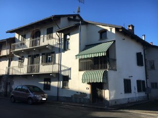 Foto 1 di Casa indipendente Scarnafigi