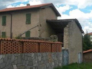 Foto 1 di Appartamento Via del Castello, Cengio