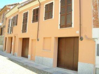 Foto 1 di Appartamento Via Varrone, Asti