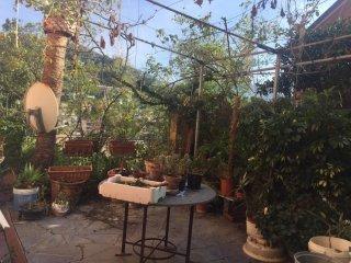 Foto 1 di Appartamento via Milite Ignoto, Recco