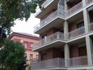 Foto 1 di Quadrilocale corso Dante Alighieri 227, Asti