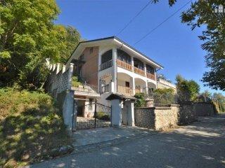 Foto 1 di Casa indipendente Località Navetta Superiore, Cuorgnè