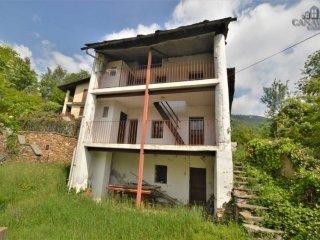 Foto 1 di Casa indipendente Frazione Ferrero 2A, Canischio