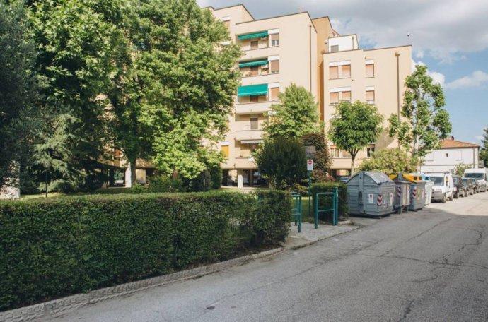 Foto 20 di Quadrilocale via della Berleta 32, Bologna (zona Borgo Panigale)