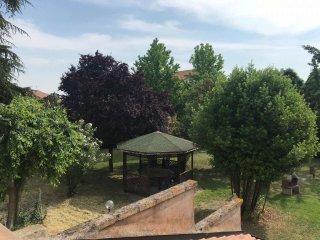 Foto 1 di Palazzo / Stabile via Provinciale Superiore, frazione Miravalle, Molinella