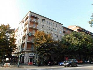Foto 1 di Bilocale corso Orbassano 242, Torino (zona Santa Rita)