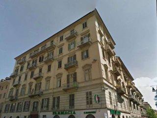 Foto 1 di Bilocale via nizza, Torino (zona San Salvario)