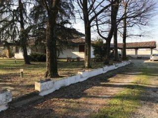 Foto 1 di Villa Castelfranco Emilia