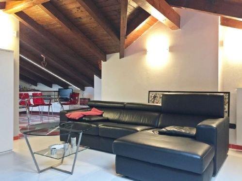 Foto 7 di Villa via crebbia, Casale Corte Cerro