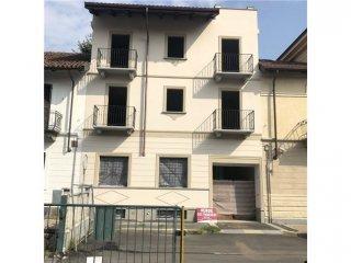 Foto 1 di Palazzo / Stabile via trivero, 8, Torino