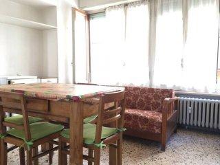 Foto 1 di Bilocale via Cibrario 45, Lanzo Torinese