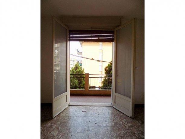 Foto 7 di Trilocale via Montebello, Parma