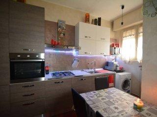 Foto 1 di Bilocale via Alba 3, Carmagnola