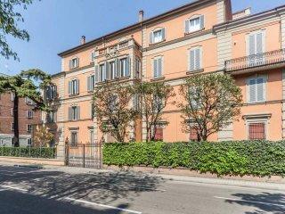 Foto 1 di Appartamento Mura di Porta d'Azeglio, Bologna (zona Costa Saragozza/Saragozza)