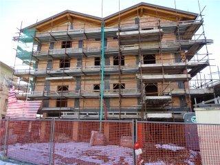 Foto 1 di Appartamento Lanzo Torinese