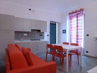 Foto 1 di Bilocale via Mongrando, Torino (zona Vanchiglia, Regio Parco)